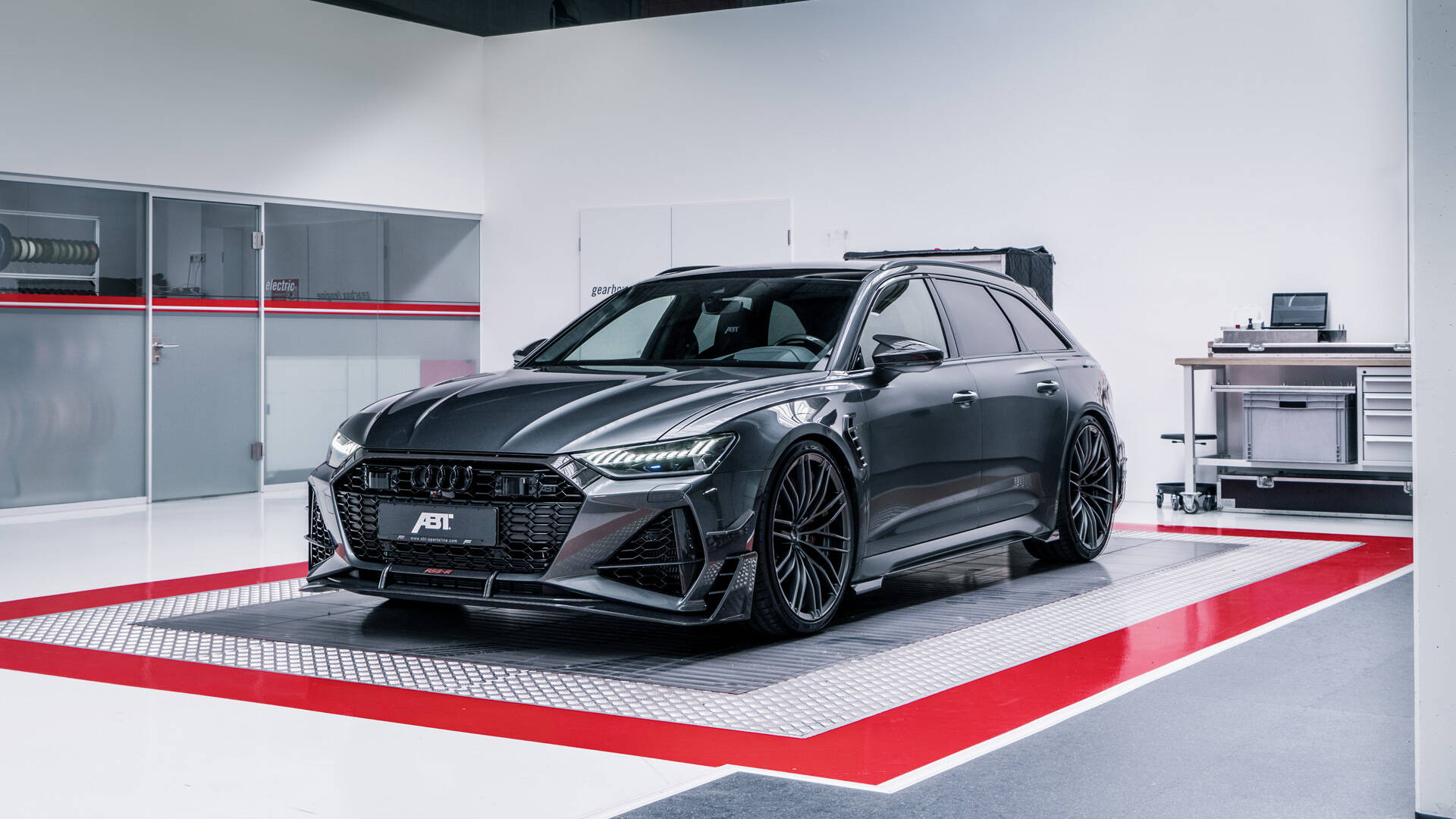 Legendary Audi RS 6 Avant transformed to Limited Edition ...
